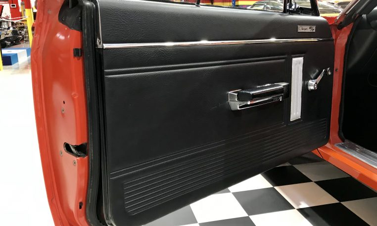 1971 Valiant RT/Charger Door | Muscle Car Warehouse